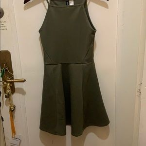 H&M divided size 34 4 green mini dress full skirt